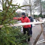"""Weihnachtsbäume für """"Nachbarn in Not"""""""