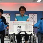 Spende vom Benefiz-Indoorcycling